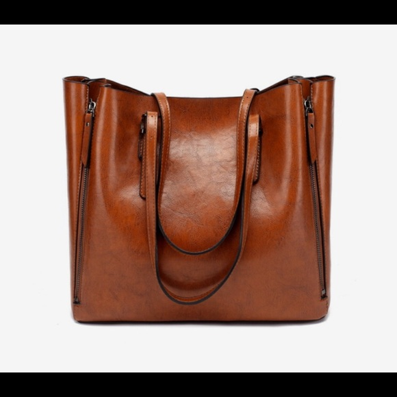 3a23fcdbfe7b The Weekend Edit Sophie Tote
